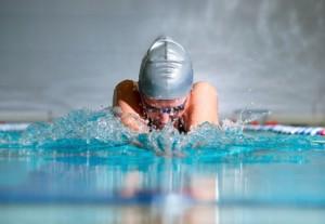 Schwimmen © Sergey Peterman - Fotolia.com